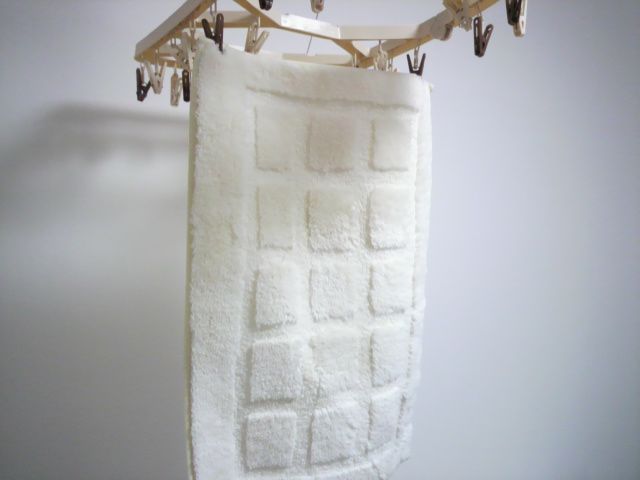 洗濯した足拭きマット
